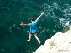 Cliff-jumping la Tyulenovo