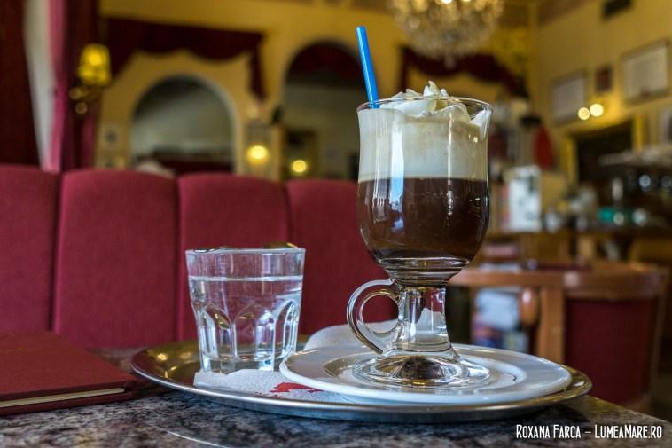 Maria Theresia, cafea cu lichior de potocale (probabil Cointreau) și frișcă