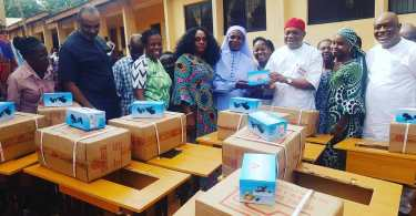 Senator Orji Uzor Kalu gifting and delivering 10 sewing machines to the students of the school