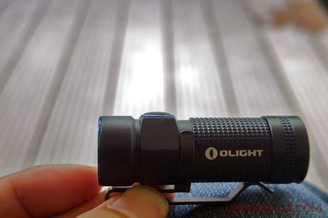 12-olight-s1-baton-silicone-switch-and-removable-pocket-clip