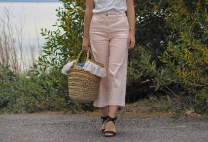 everlane wide leg crop pant,pink, everlane review, ethical fashion blogger, minimalist blogger, minimal fashion