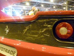 Detalle del vano motor del Ferrari F50