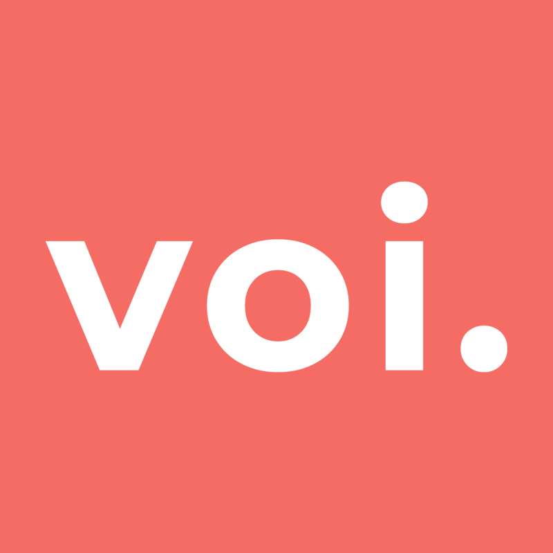 Voi logo, color background
