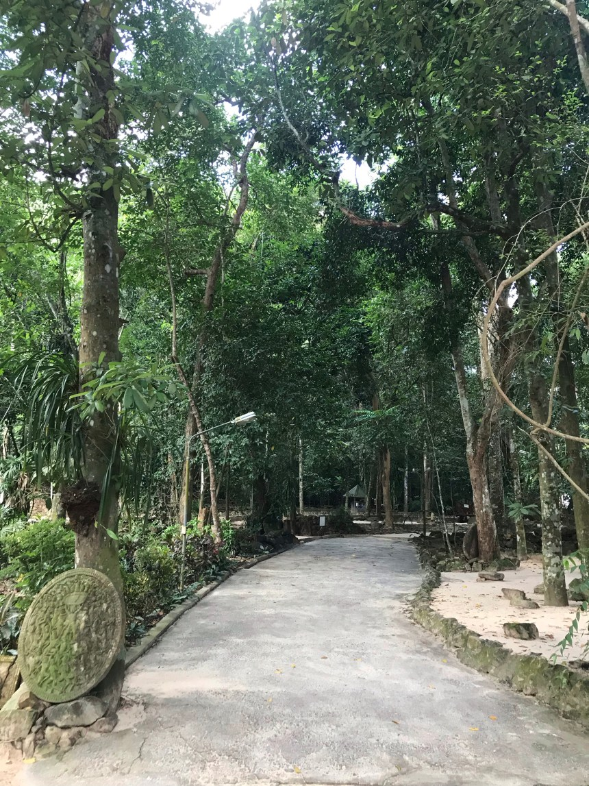staying at a Buddhist Monastery