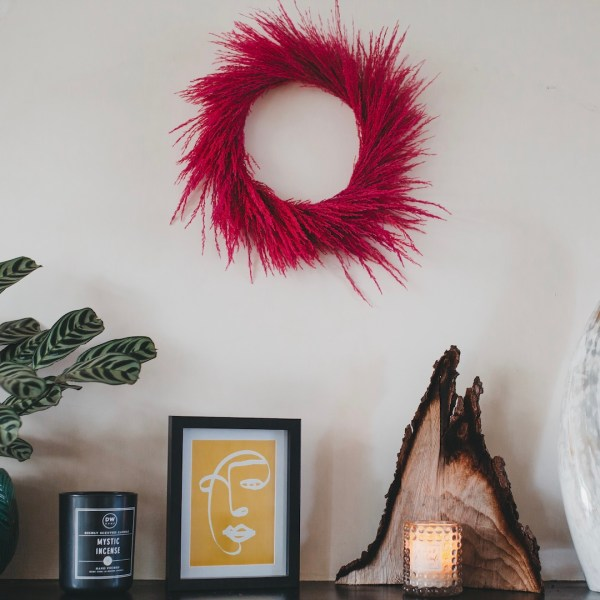 Pink Dried Pampas Grass Wreath Wall Hanging