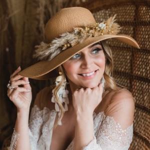 Jasmin Oversized Dried Flower Straw Floppy Bridal Hat