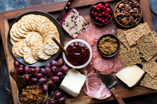 winter-holiday-charcuterie-board-7