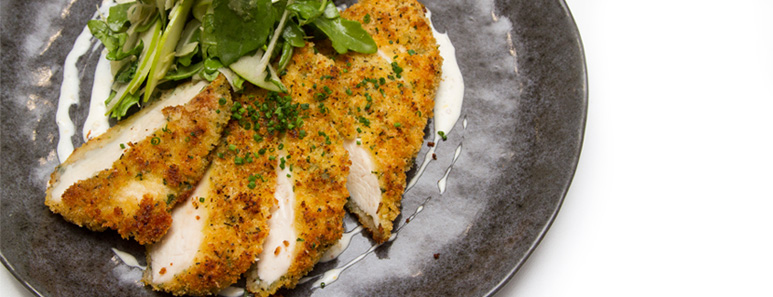 0-parmesan-crusted-chicken-breast-with-fennel-apple-and-arugula-slaw