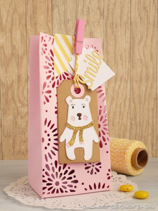 big shot sizzix dies-treat box-bear tag by cafecreativo (1)[7]