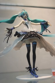 Miku figure by Miwa Shirow. delicious as always