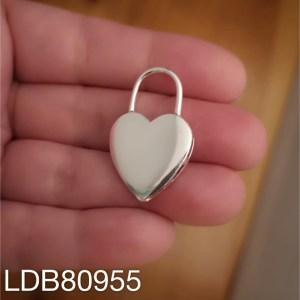 Dije bañado en plata de 32x20mm Candado corazón LDB80955