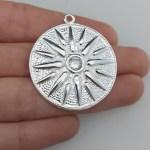 Dije bañado en plata de 34mm Medallón Estrella Argeada LDB81358