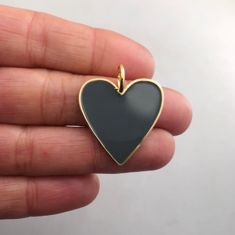 Dije bañado en oro 18k de 29mm Corazón Esmalte Gris Oscuro LDB81969