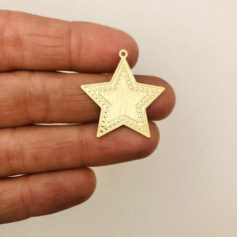 Dije bañado en oro 22k de 26mm Estrella LDB82066