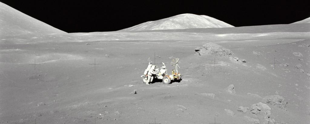 Lunar Moon Rover (Photo)