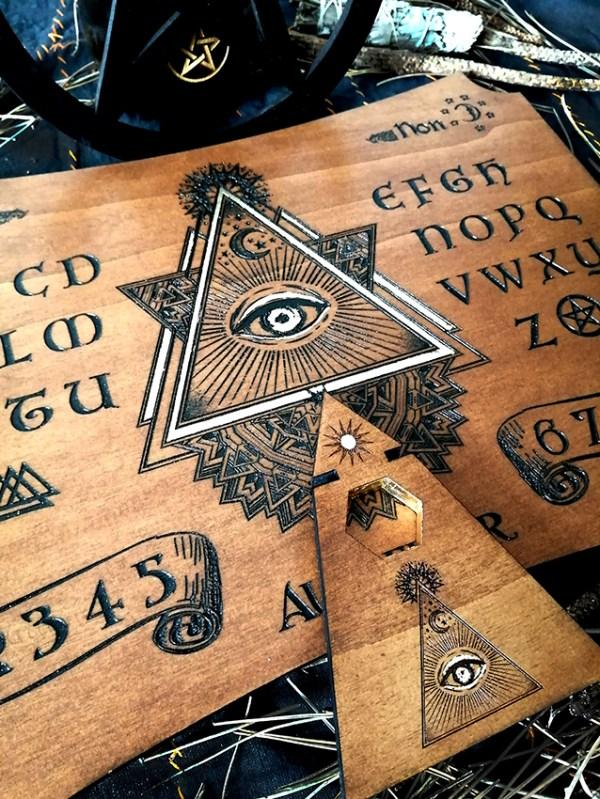 planche de spiritisme