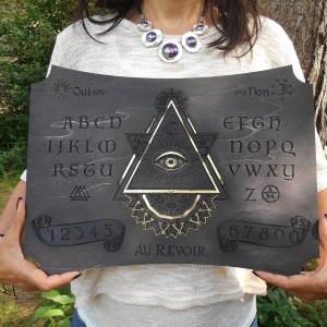 planche de ouija pour spiritisme