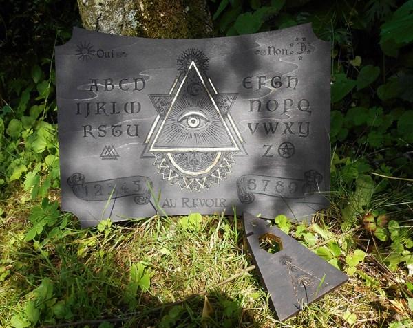 ouija planche de spiritisme en bois