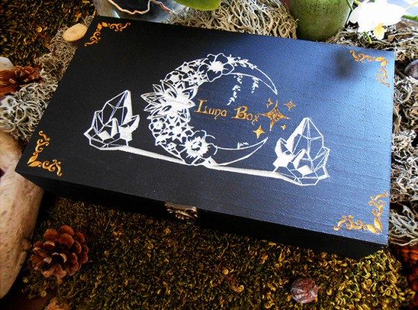 Luna box boîte ésoterique