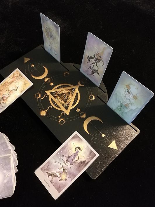 Plateau divination cartes