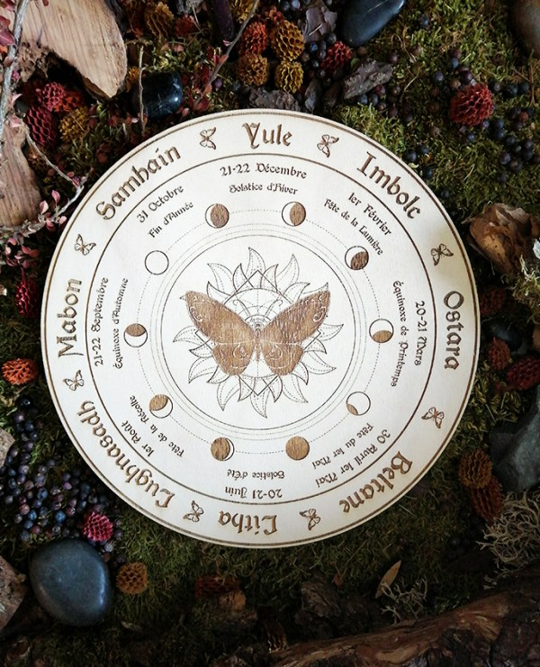 wicca roue bois blanche