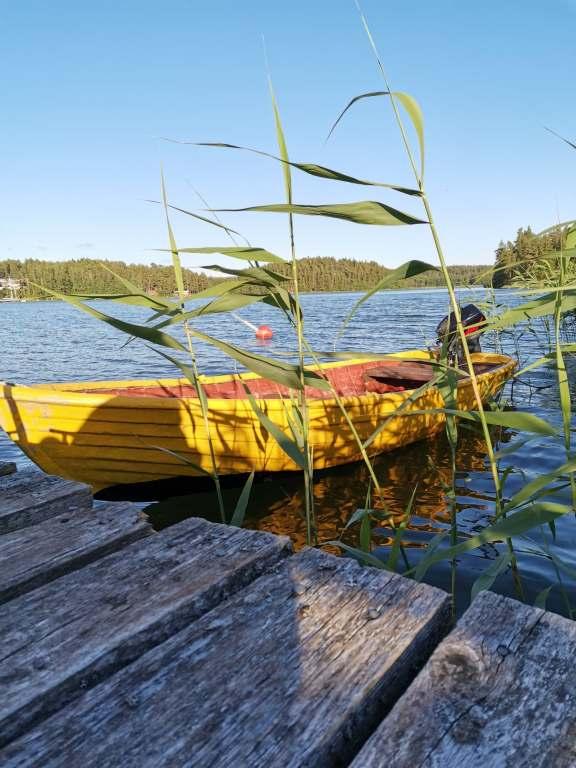 åka båt i skärgården