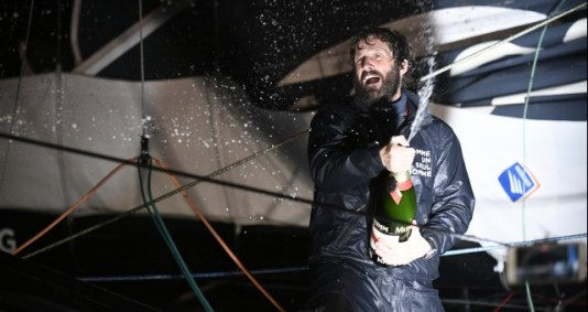 celebration-with-mumm-champagne-at-pontoon-during-finish-arrival-of-eric-bellion-fra-skipper-comme-un-seul-homme-9th-of-the-sailing-circumnavigation-solo-race-vendee-globe-in-les-sables-d-olonne-franc