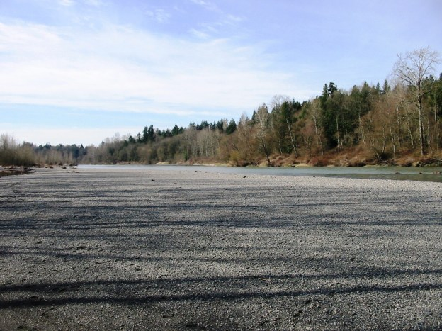 Photo of a Stillaguamish River fishing access location.