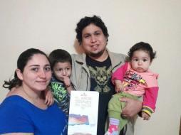 Joan y su familia, en memoria de su ángelito Diego