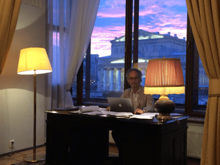 Amor Towles nella Suite 217 del Metropol Hotel