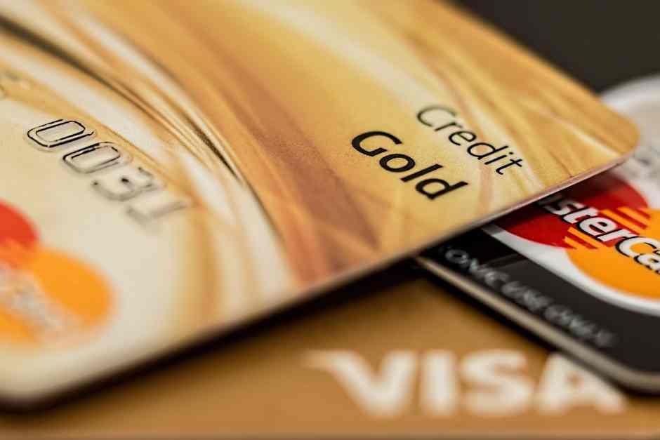 Laina vai luottokortti