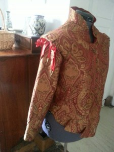 gold and red doublet