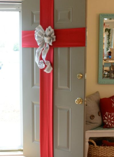 Front Door Decor for the Holidays