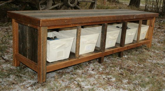 Great rustic bench idea - love the baskets! I bet I could make this myself and get some cheap baskets from the flea market.