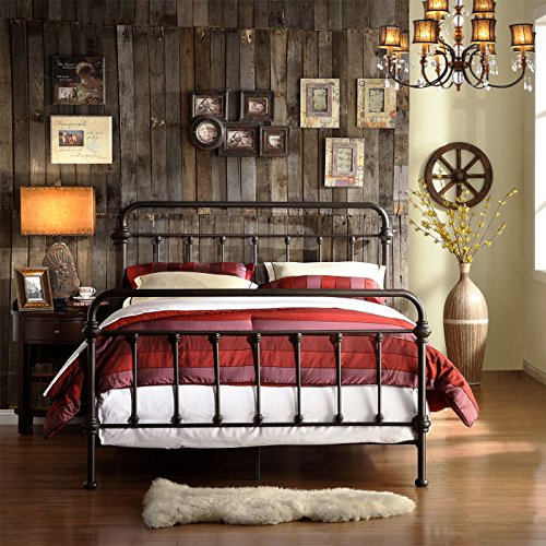 rustic bedroom idea: LOVE this iron spindle bed