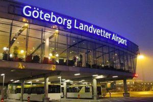 Passagerarplan landade i beirut trots blockad