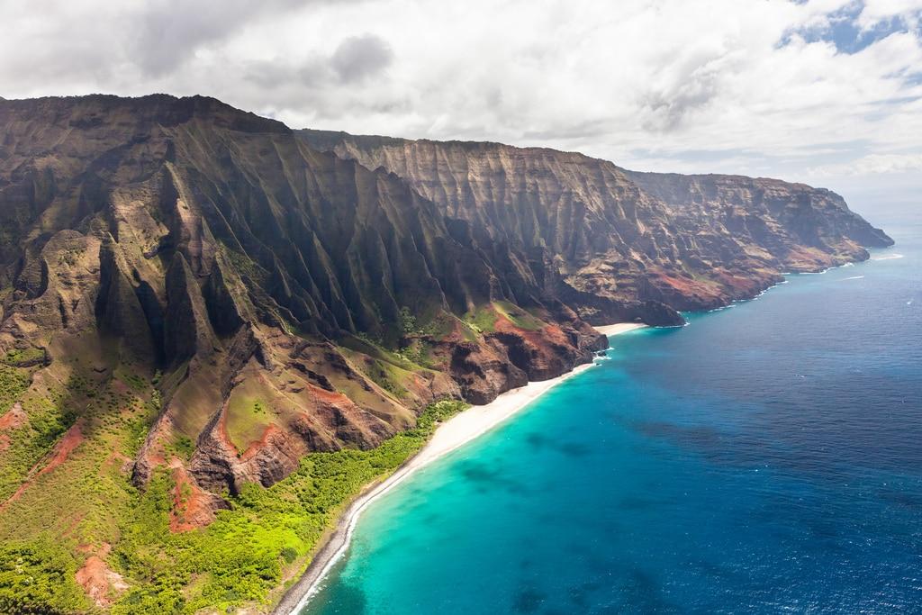 Napali Coast, Kauai / Guide to Kilauea Kauai with Pro Surfer Leila Hurst