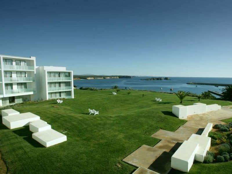 Memmo Baleeira Hotel | surf yoga retreat portugal