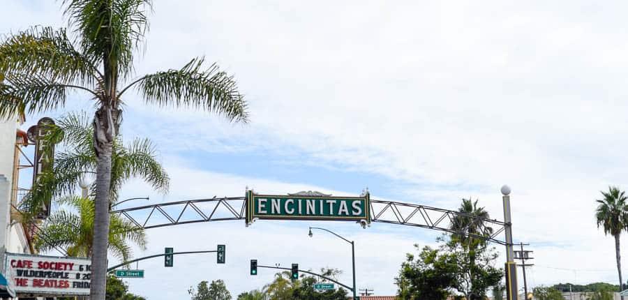 Encinitas sign / Guide to Encinitas surf