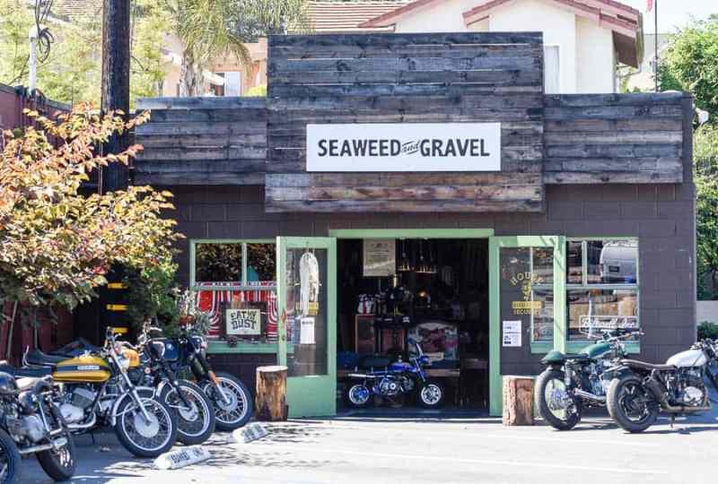 encinitas ca seaweed and gravel