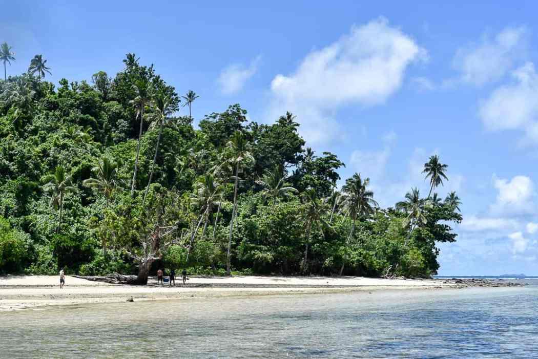 fiji remote island Fiji islands Qamea island