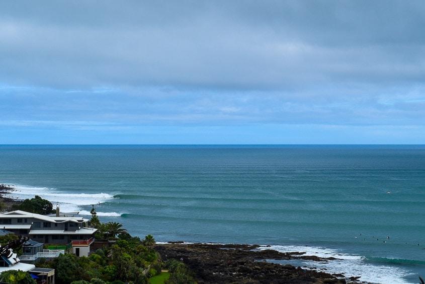 surfing new zealand raglan lookout