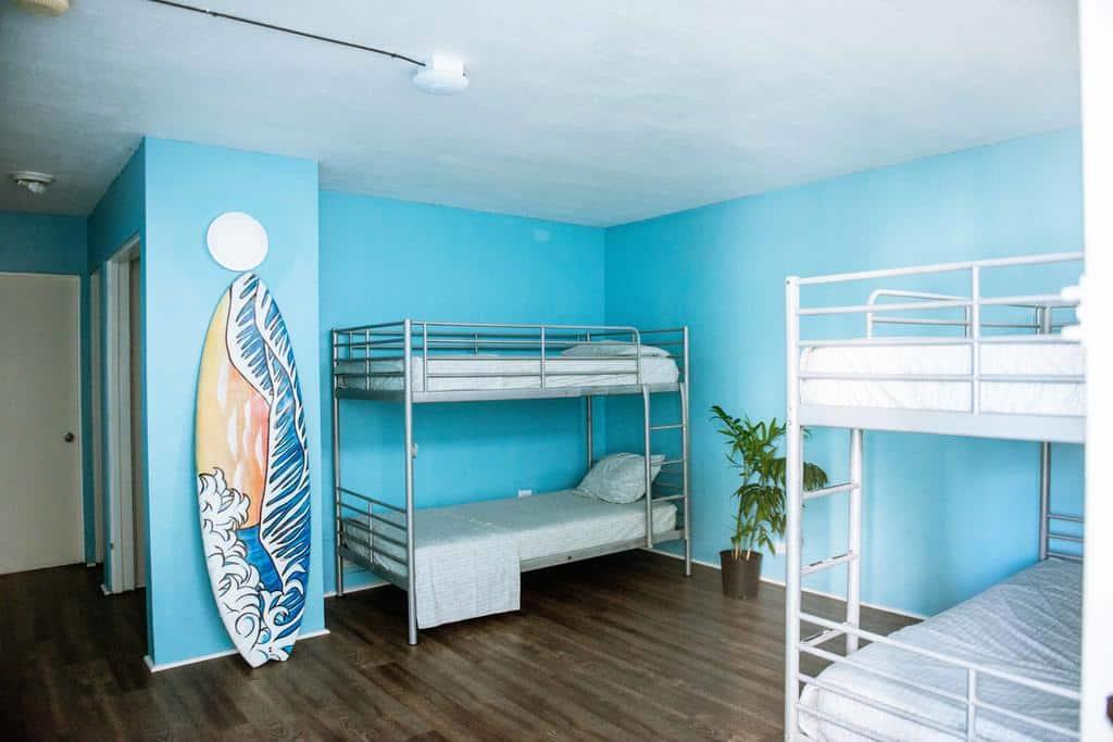 oahu hawaii waikiki hostel
