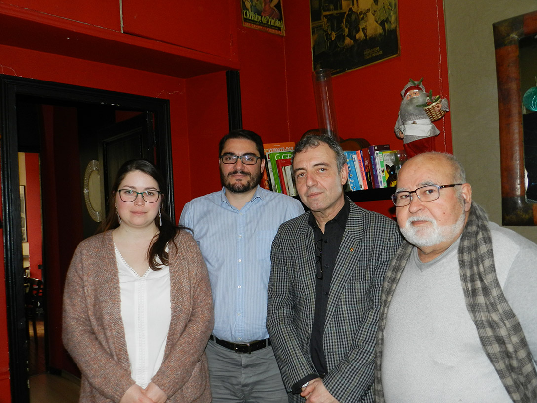 João Oliveira com militantes Comunistas em Paris