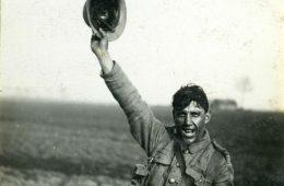 Arnaldo Garcez, Liga dos Combatentes