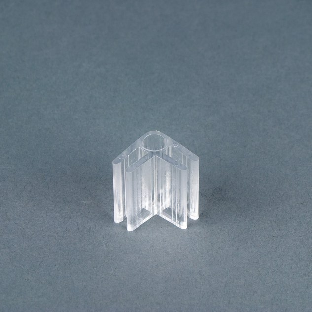 Clear 90˚ panel connector