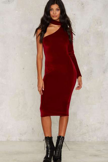 nasty-gal-aint-nobody-velvet-dress