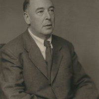 Posthumous interview with C.S. Lewis on the decline of religion and current events