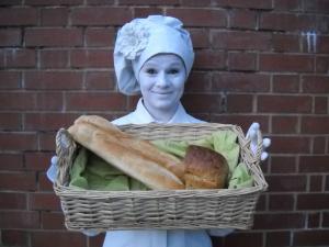 Baker - living statue