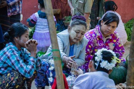 Un marché près du lac Inlé, en Birmanie.